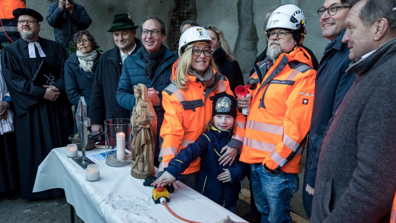 Foto von der Tunnelschlagfeier am 7. Februar 2020